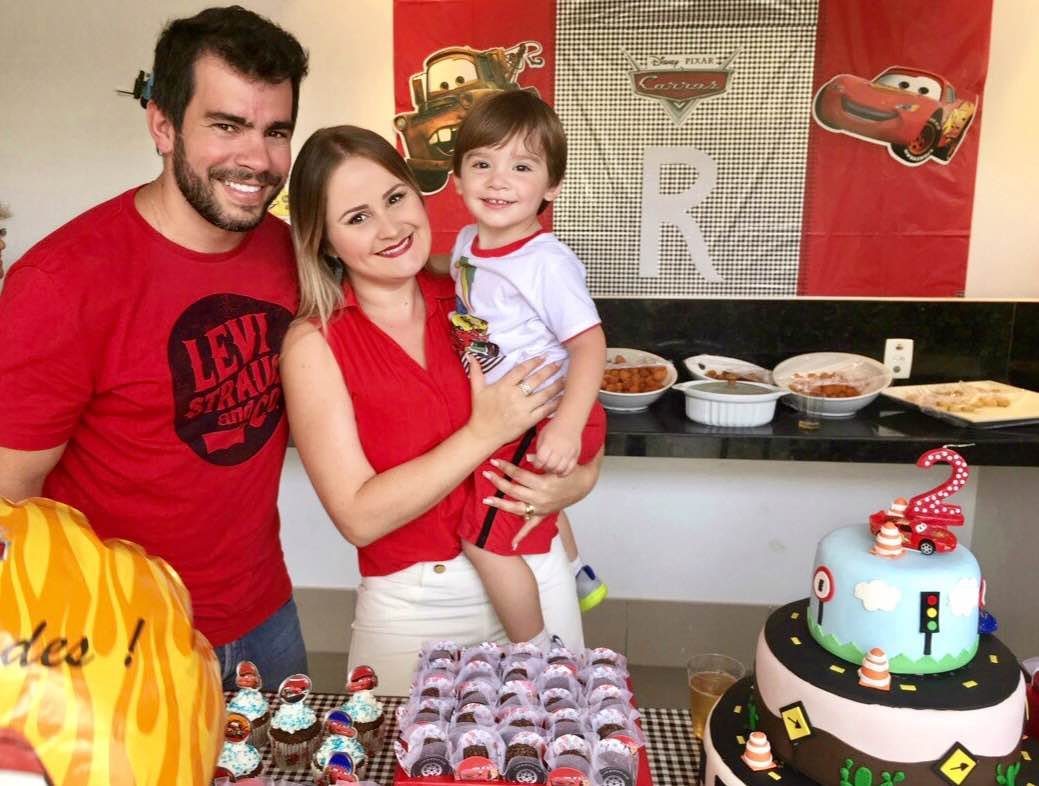 Carol Oliva e família