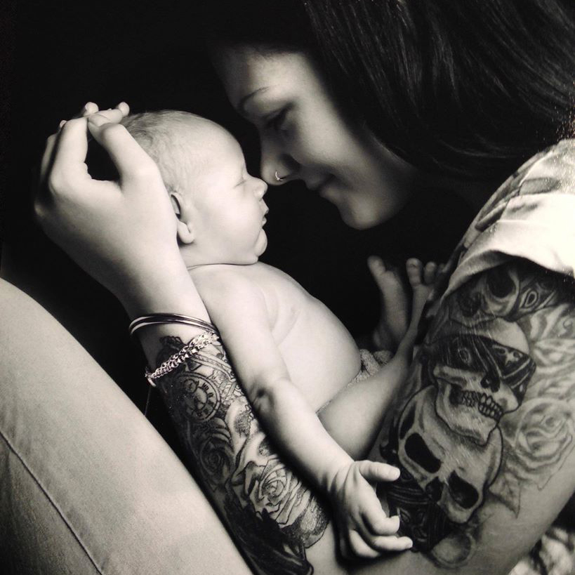 Reprodução/Facebook Tattooed Parents