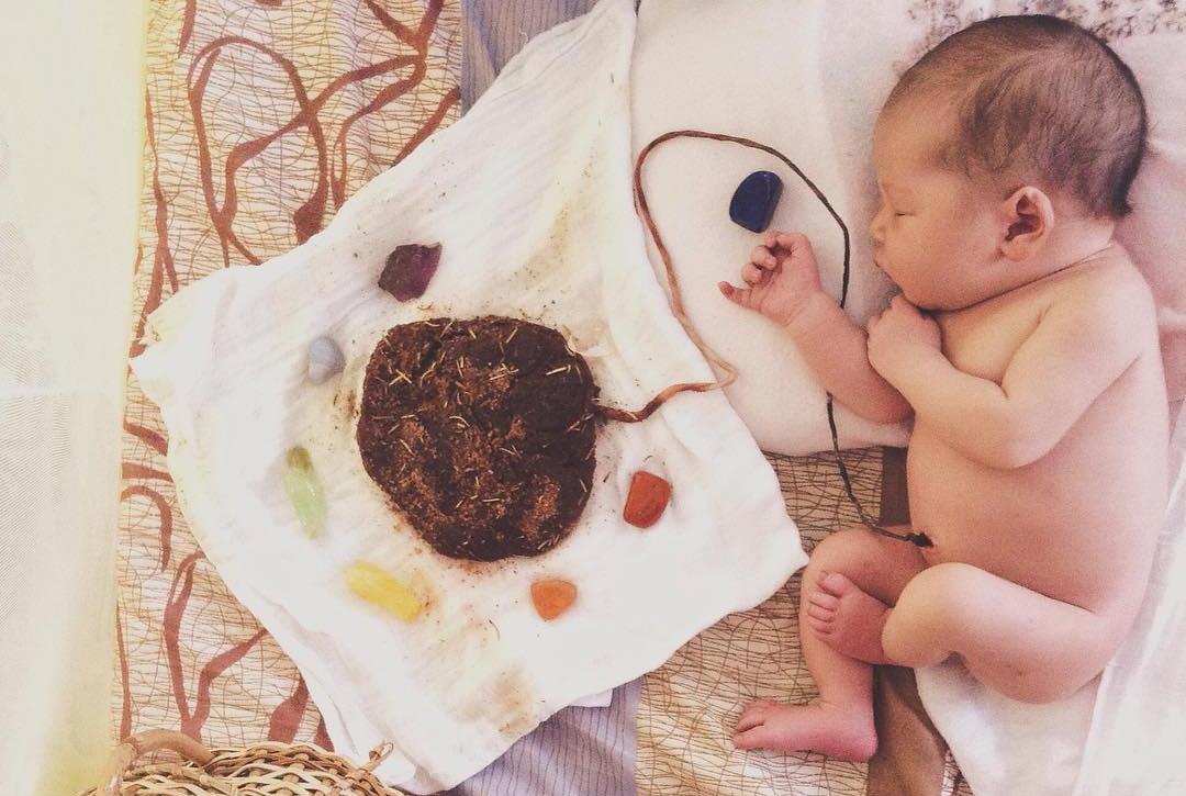 Bebê lótus