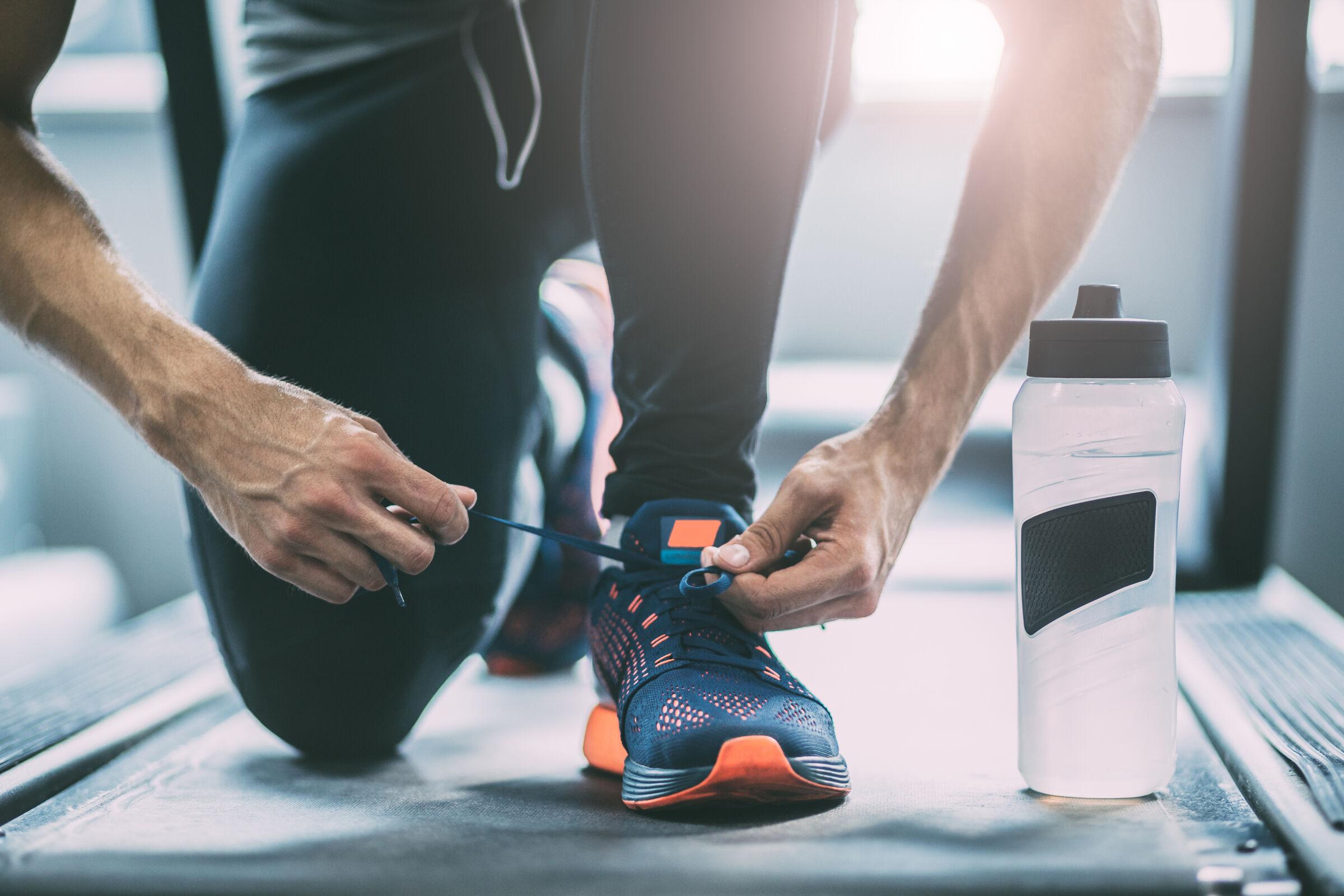 Homem praticando atividade física