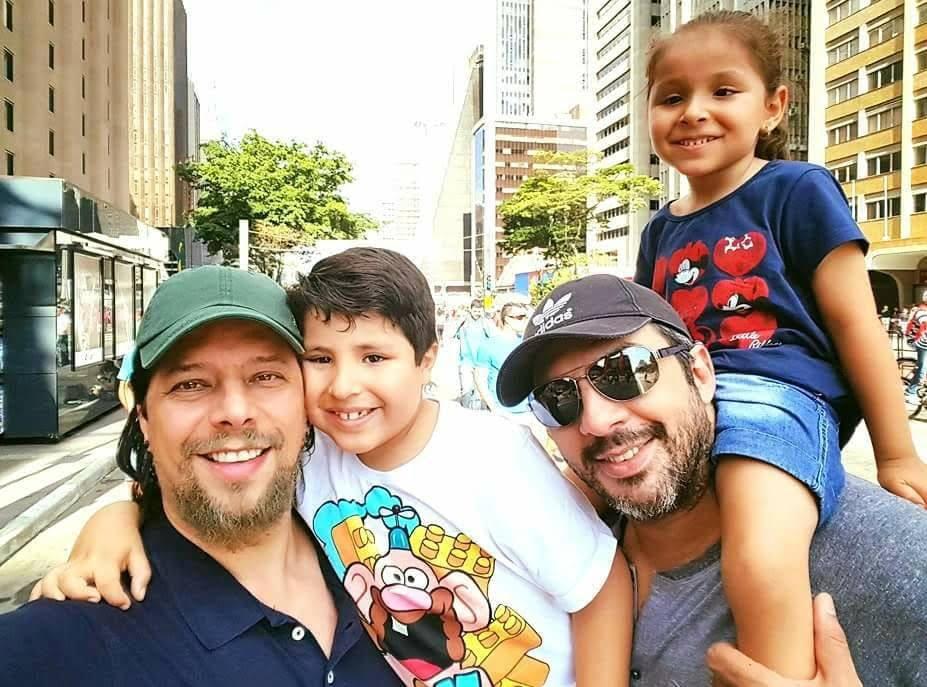 Andre e Angelo com os filhos Jonathan e Valentina