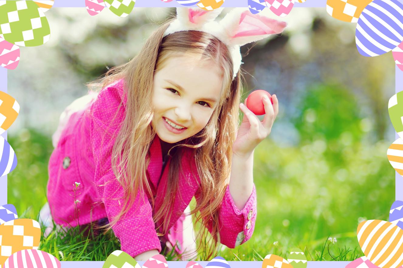 Menina caçando ovos de Páscoa