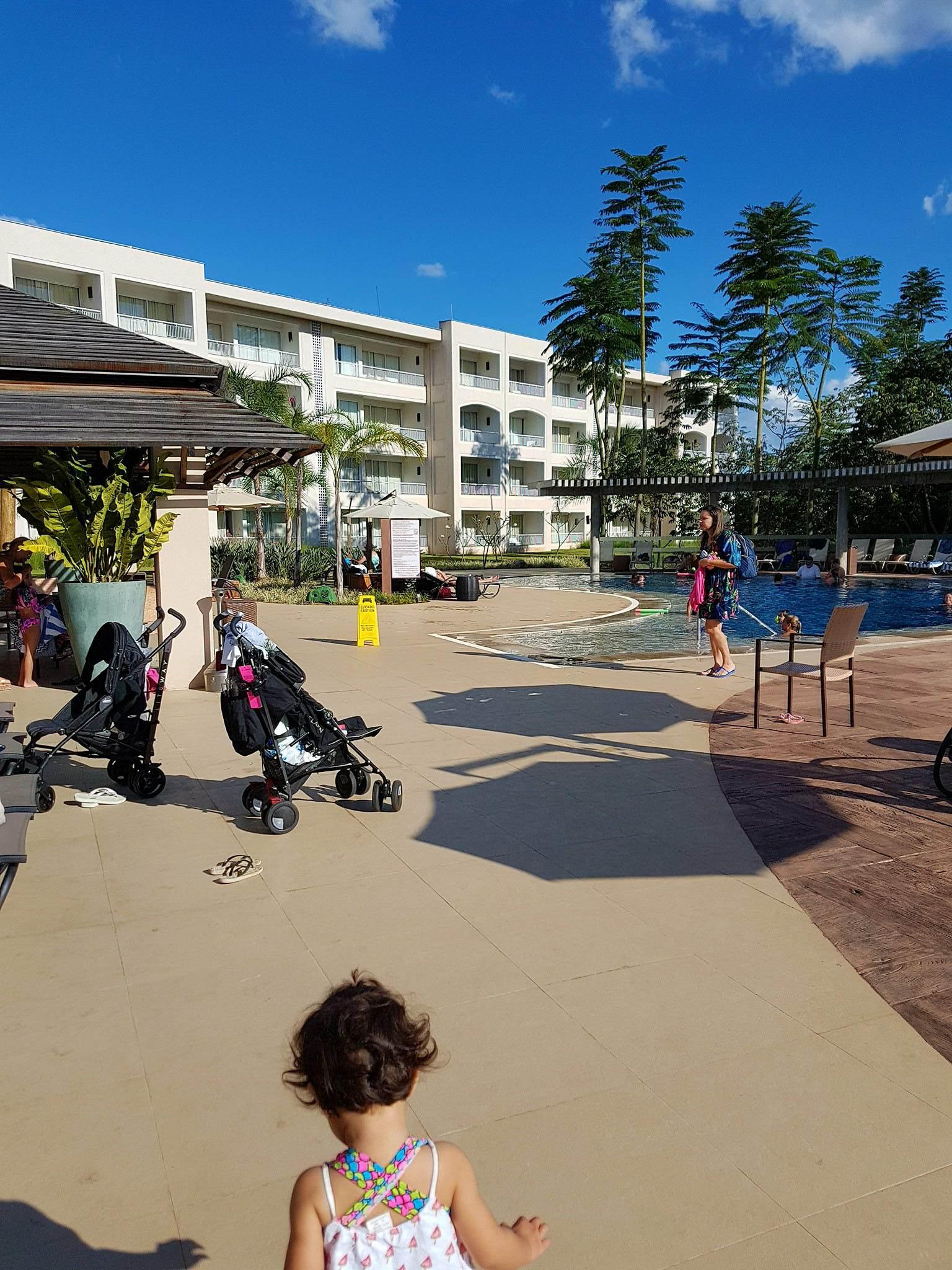 Bebê no Rio Quente Resorts