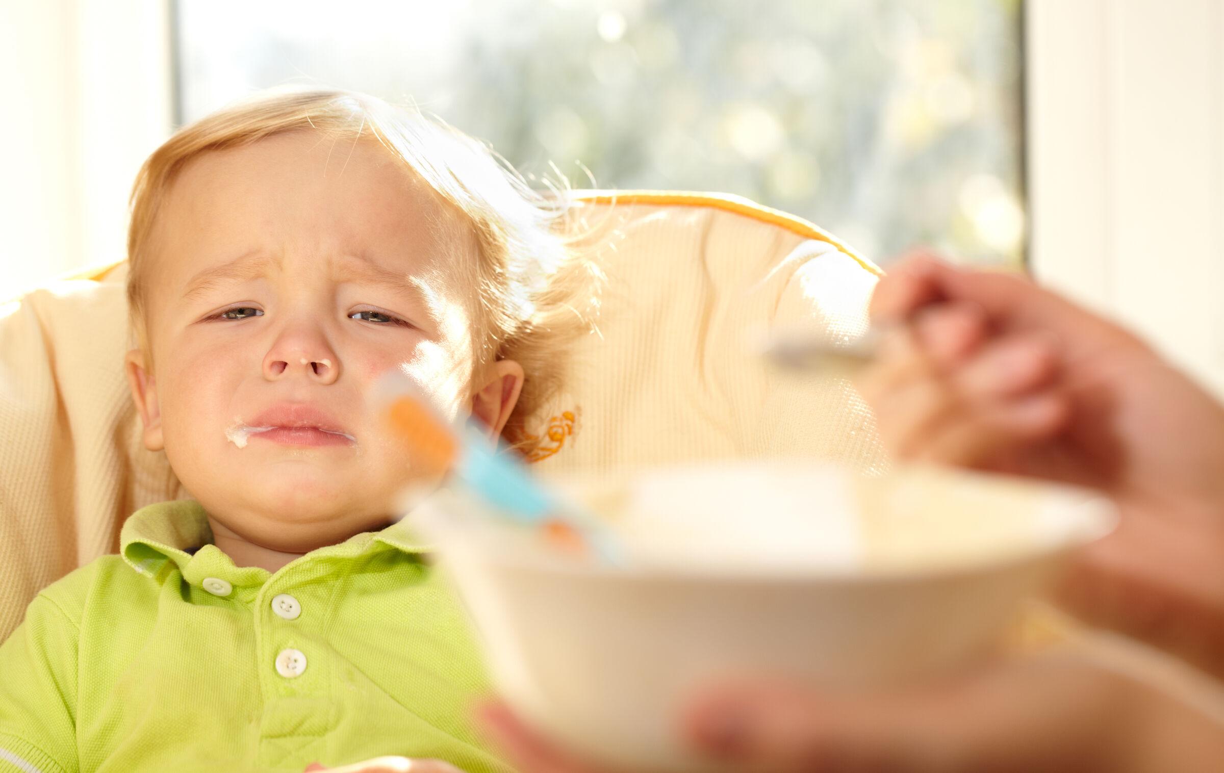 Criança de 2 anos que não quer comer