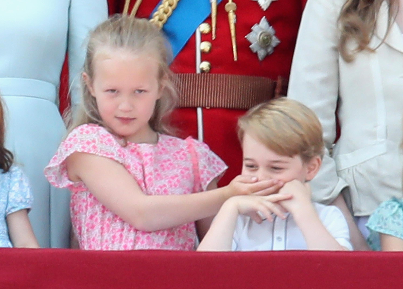 Savannah Phillips dá bronca em príncipe George