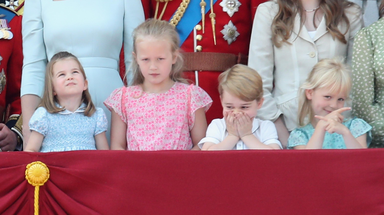 Nova geração da família real britânica - Charlotte, Savannah, George e Isla