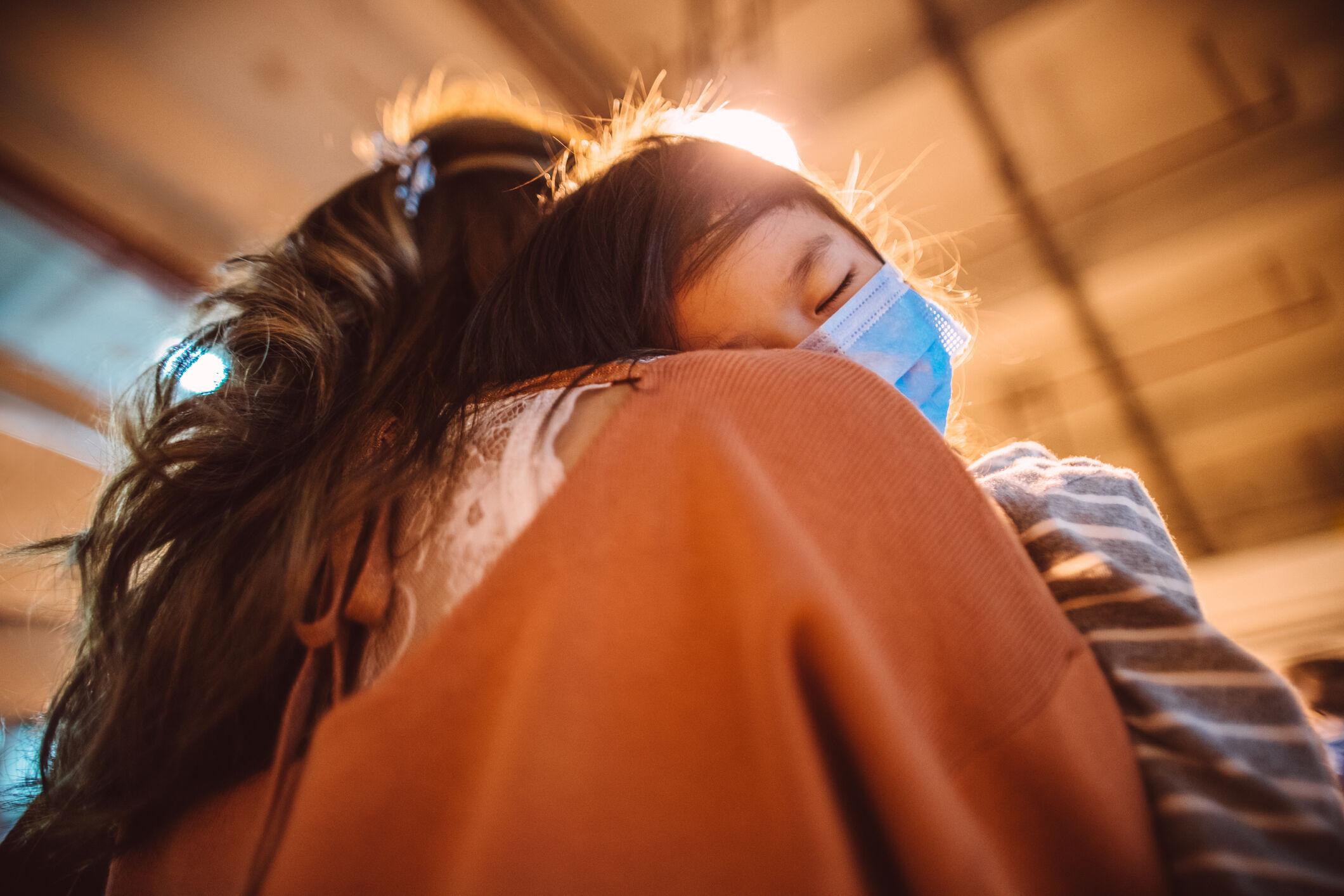 crianca-mascara-coronavirus