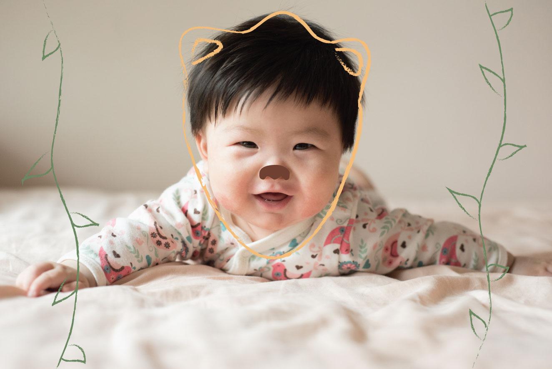 Bebê-fofo-contornado-como-um-leãozinho