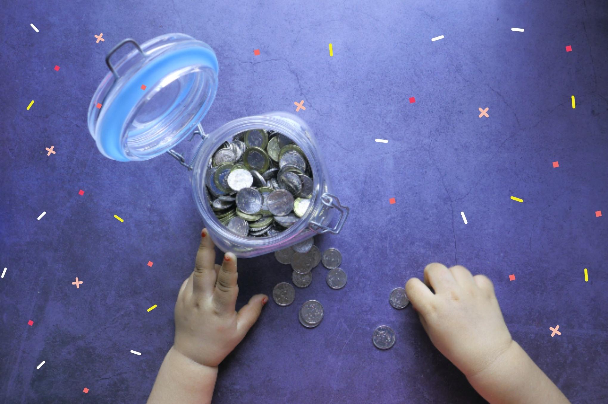 Criança-contando-dinheiro2