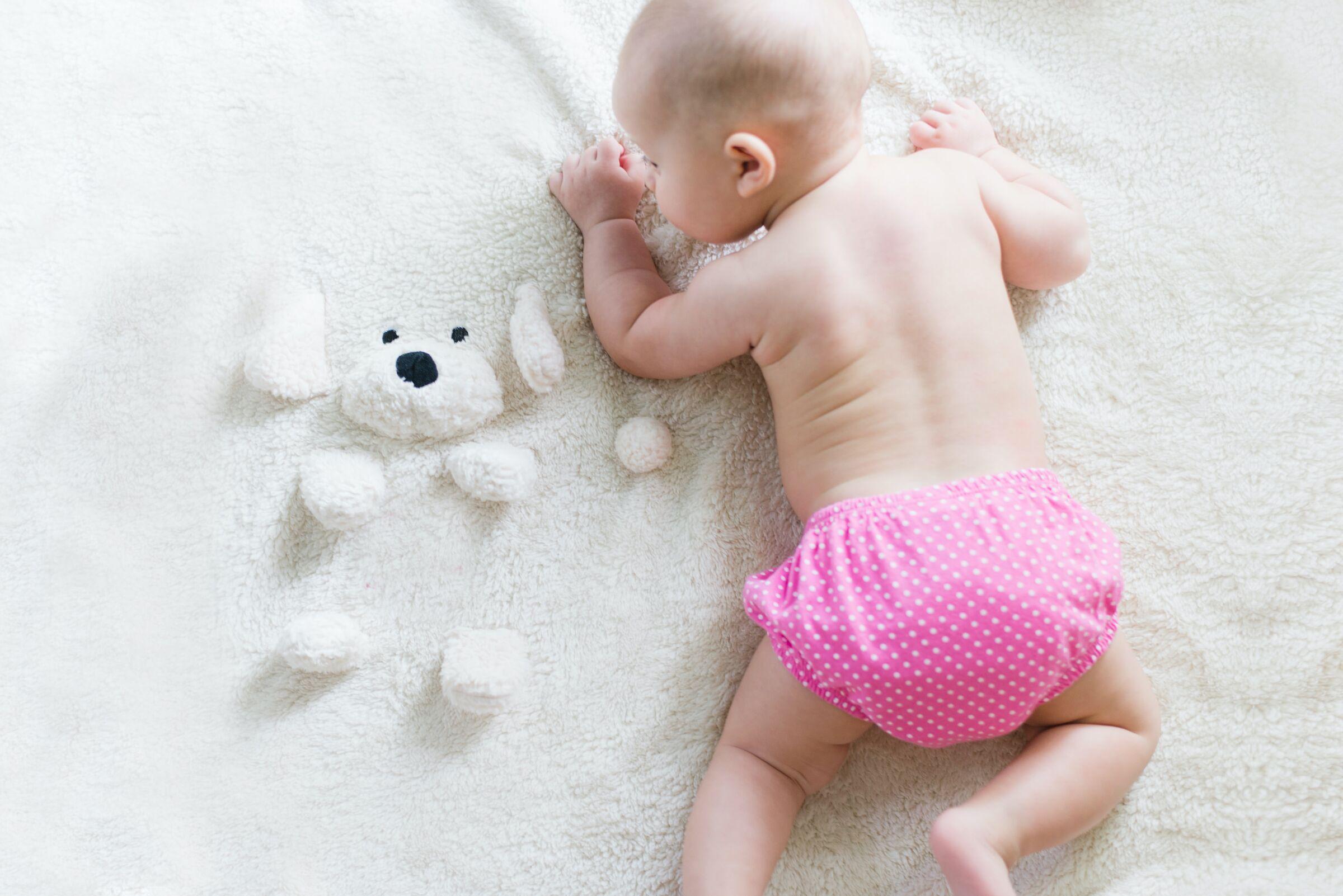 Bebê-usando-fralda-ecológica